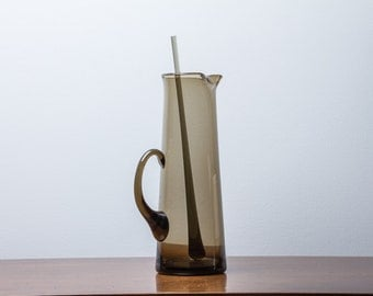Cocktail Pitcher with Muddler Smoked Amber