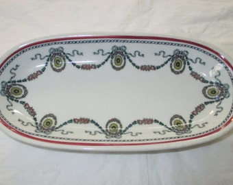 "1951 Shenango 7-5/8"" Butter Pickle Dish, Red Band, Green Swags, Yellow Wreaths"