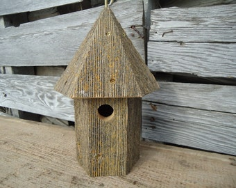 Rustic wood birdhouse  - Salvaged wood birdhouse - Weathered wood birdhouse - Round wood birdhouse - Hanging birdhouse - Chickadee birdhouse