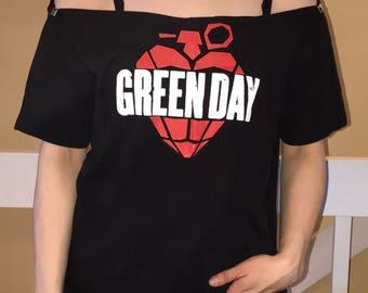 Punk Rock Band 90s custom cut studded choker concert tee shirt- size small/medium/large