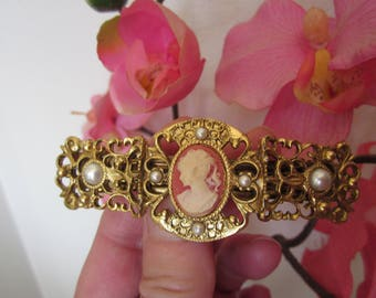 Gift for Her! Antique look victorian style CAMEO & PEARL cab Hair Barette!