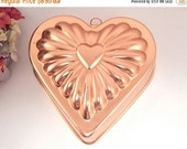 Heart Baking Pan Pink Copper Colored Anodized Aluminum Gelatin Mold Wall Hanging Decorative Bakeware Vintage 1980's Kitchen Home Decor