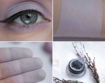 Eyeshadow: Brewing Lavender Milk - Light Castle. Light purple matte eyeshadow by SIGIL inspired.