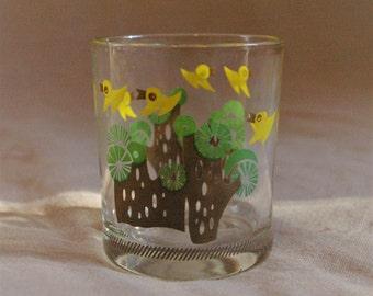 Vintage Bird Juice Glass // Retro Juice Glass Birds and Trees // 6 oz Bird Juice Glass