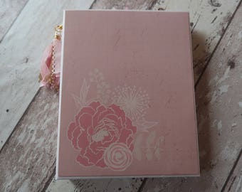 Planners pink/gold size 16 x 20, year 2018