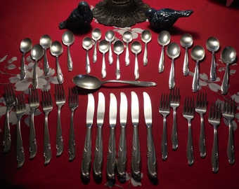 1959 Allure/Teatime Silverplate Set for Six, Made by Wm Rogers Mfg.Co. 38 Piece Set. It has been lovingly used.