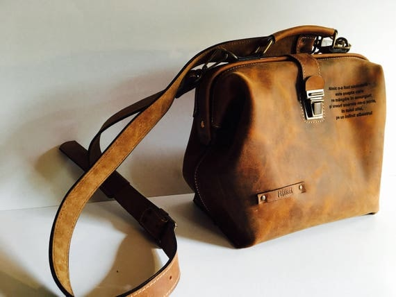 Luxury Leather Bag, Woman Doctor Bag, Leather Bags, Top Handle bag, Leather Doctor bag, Leather Bag, Metal frame Bag, Mary Poppins Bag