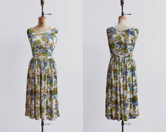 Burst of Breeze Dress / 1950s floral dress / vintage floral day dress