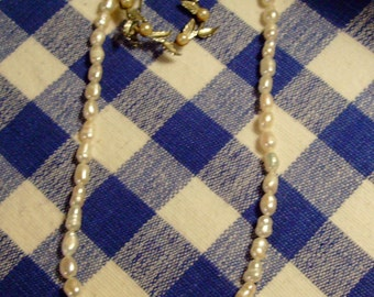 Pearl Necklace and Pin Set