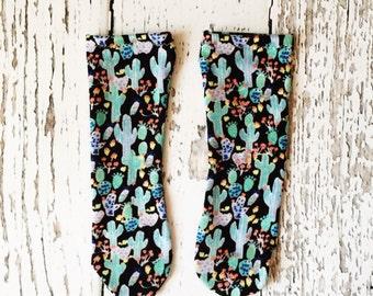 Baby knee socks, baby knee highs, knee high socks, toddler socks, baby socks, toddler knee socks, girl socks, cactus print