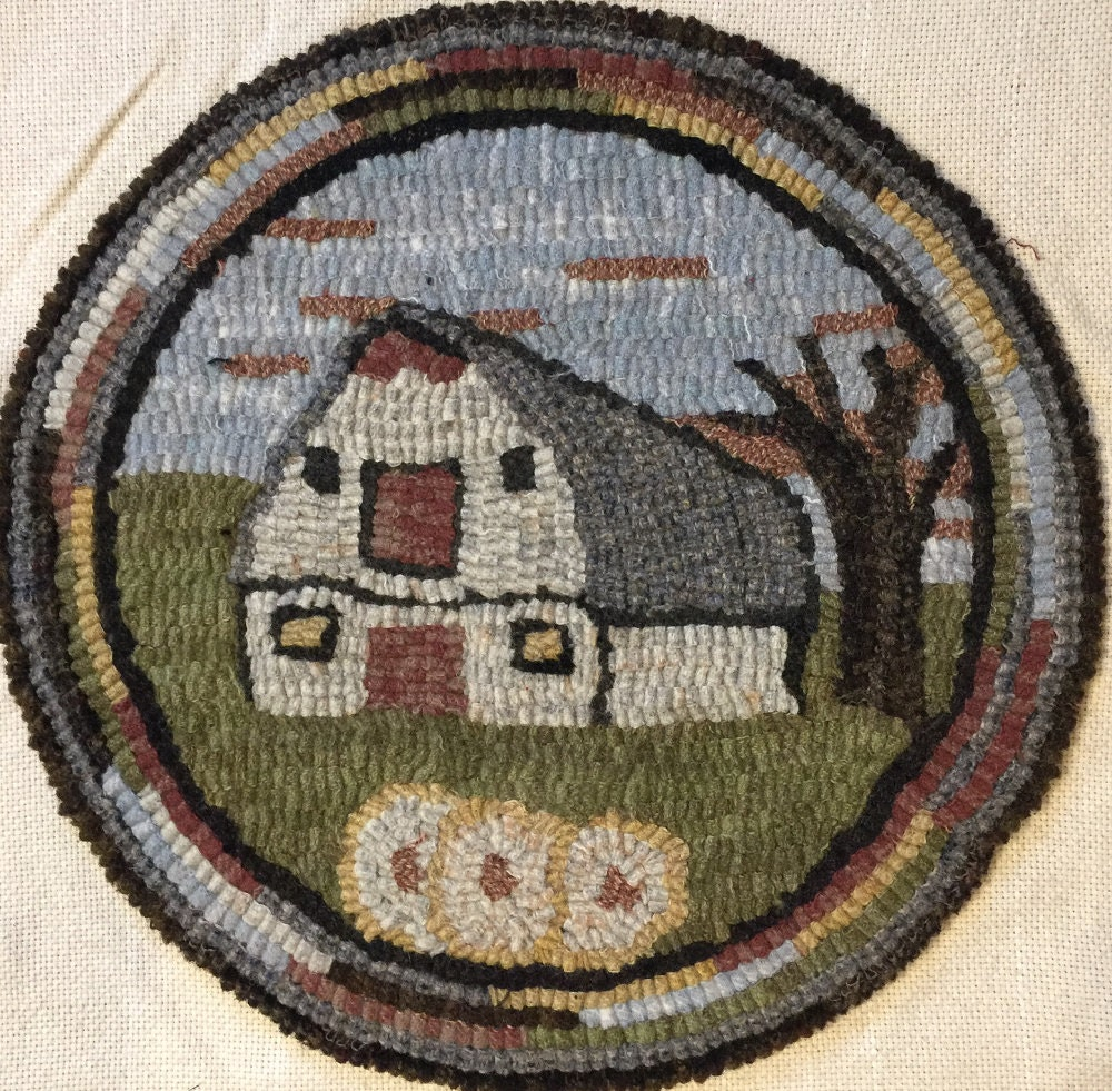 Rug Hooking Pattern For Old Barn 2 Chair Pad On