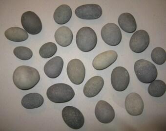 """25 Stones 1.25""""- 2"""" EGG Shaped Stones,Painting Stones, Wedding Stones,Large, Smooth, Round Beach Rocks, Wishing Stones, Wedding Decor"""