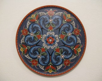 Norwegian Rosemaling on a 16 inch wood plate