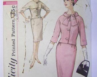 VINTAGE 1960s Simplicity 4770 Misses SUIT Pattern sz 14 UNCUT