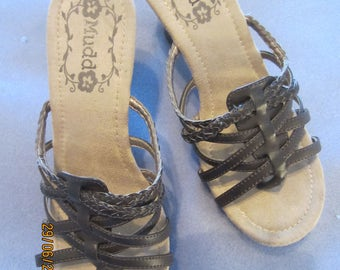 MUDD Strappy High Heeled Sandals sz 7M Adorable - GREENCORNMOON15%Off