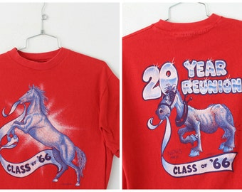LARGE Vintage 1986 'Class of 66' 20 Year Reunion (Front and Back) Graphic T-Shirt
