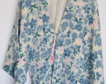 Something blue? Vintage 1970's silk kimono robe for your wedding day-   haori
