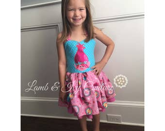 Princess Poppy Peekaboo dress, sizes6/12m-8Girl, Free Shipping