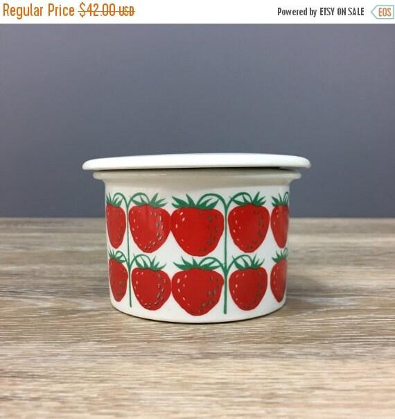 ON SALE Vintage Arabia of Finland Pamona Strawberry Lidded Jam Jar, Retro Ceramic Scandinavian Style, Kitchen Storage Container