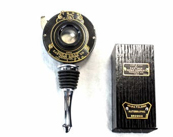 Steampunk Wine Bottle Stopper with Stand - Vintage Kodak No. 2-A Folding Camera