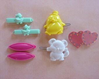 Barrettes Plastic Snap Barrette Vintage Lot Child Animal Duck Chick Teddy Bear Heart Easter Flower (#373)