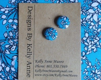 Earrings Button-  Aqua and White Floral- Small 1/2 Inch
