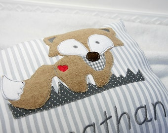 Personalized pillows for birth or baptism, with motif OWL in graun, made of cotton, a great cuddly pillow for children.