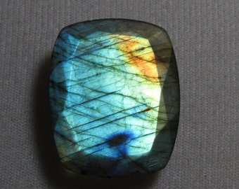 LABRADORITE - Faceted Both Side - Rectangular Shape - Cut Stone Size - 28x35mm - weight - 66.60 crt