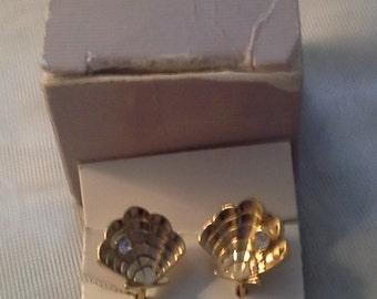 NOS Avon Clip Earrings - 1990