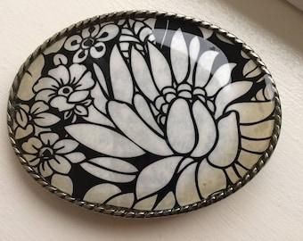 "Vintage ""Ivan"" Black And White Flower Design Women's Silver Tone Belt Buckle"