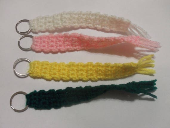 Crochet tassel keychain, crochet keychain, scarf keychain, party favors, baby shower favors