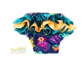 Baby Nappy Cover Ruffle Bum • 0-3 Months • Elephant Fabric • Frilly Knickers for Baby Girl • Fits Disposable or Cloth Nappy