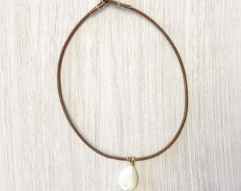 Leather and mother of pearl choker