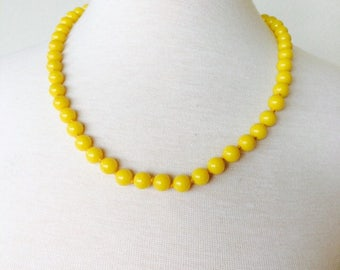 Stunning Sunshine Vintage necklace yellow bead necklace wedding necklace
