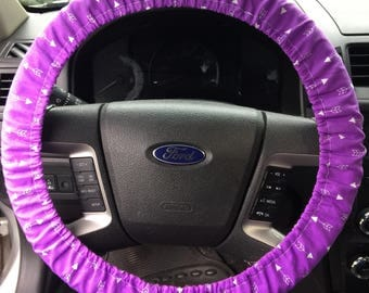 Trendy Simple Pruple Arrow Print Steering Wheel Cover!