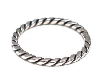 Narrow ribbed silver ring 925 sterling silver