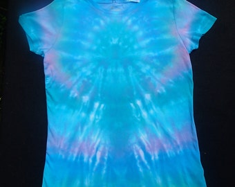 Women's Large Tie-Dyed T-Shirt