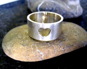 Heart Band Ring