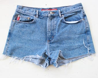 Size 32"