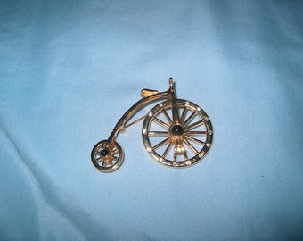 Vintage Costume Jewelry  Bicycle Brooch Pin, Wheels Move, WAS 25.00 - 50% = 12.50