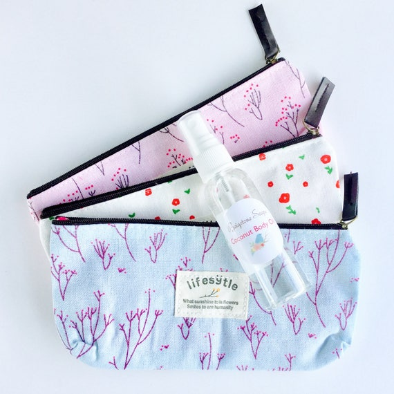 Coconut Body Oil (2oz) with Summery Zip Cosmetic Case | Patterns: Pink, Blue, White | Cute Contrast Inside Lining