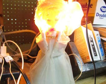 "Vintage Mesh Wings Lighted White Angel Christmas Tree Topper Working Works Blonde 8 3/4"""