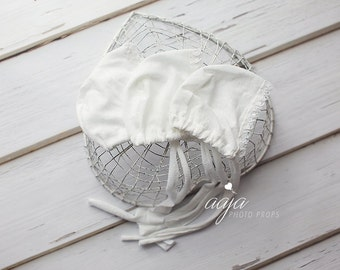 Baby newborn bonnet, off white, with lace, vintage style, baby girl, Ready to send, photo prop