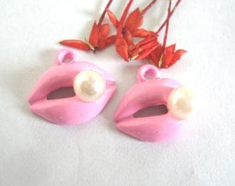 Pink Lips Charms