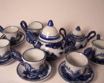 15 Piece Vintage Doll House Miniture Blue & White China Tea Set