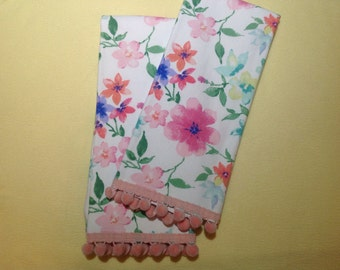 Set of Two Flower dish towels, kitchen towels, Tea Towels, Easter Dish Towels, Easter Decor, Easter Tea Towel