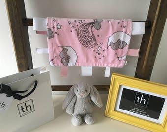 Dream Big Baby Pink - Plush Trendy Taggie Blanket