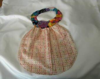 Babybib - newborn  cats on collar with pink on pink lines