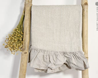 Linen taupe bath towel with ruffles- gift set-waffle textured linen towel- Softened linen travel towel- beach towel