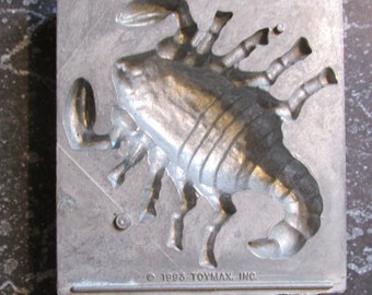 Toymax Scorpion Mold Creepy Crawlers Bug